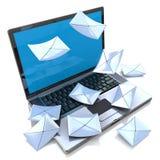 E-mail concept Moderne Laptop en envelop Royalty-vrije Stock Fotografie
