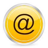 E-mail yellow circle icon Royalty Free Stock Photos
