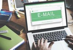 E-maila Cyfrowego komunikaci elektronicznej pojęcie Obrazy Royalty Free
