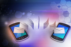 E-mailowy udzielenie między mądrze telefonem Zdjęcia Stock