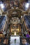 ¹ e Maria Church, Jesus e Mary de Gesà altar Indicadores velhos bonitos em Roma (Italy) Foto de Stock Royalty Free