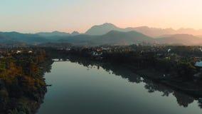 E Nam Kahn rzeka, dopływ Mekong rzeka, zbiory wideo