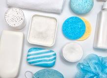 E Nettoyage du concept de santé de peau Configuration plate images stock