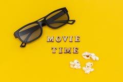E Odgórnego widoku szablonu pojęcia kinowy film i rozrywka obraz royalty free