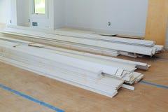 建设中,改造,整修、引伸、恢复和重建的运作的过程 图库摄影