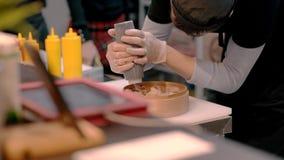 E r cooking Restaurant stock videobeelden