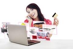 E-shopping Fotografering för Bildbyråer