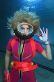 Żeński akwalungu nurek Zdjęcie Stock