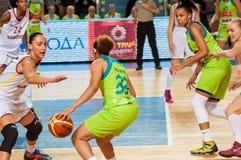 Żeńskie koszykówek rywalizacje Obrazy Royalty Free
