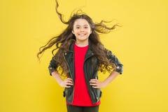 E   Skydda hår från vind fotografering för bildbyråer