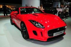 E-tipo carro de Jaguar de esportes convertível Imagens de Stock