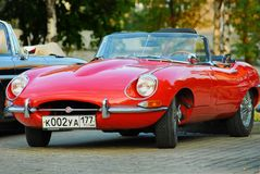 E-Type rouge de jaguar. Modelyear 1963 Images libres de droits