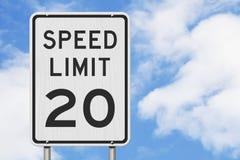 E.U. sinal do limite de velocidade de 20 mph imagens de stock