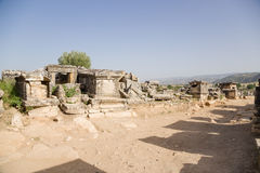 E Uitgravingen van graven in het oude necropool Royalty-vrije Stock Fotografie