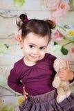 1 e una mezza neonata di un anno dell'interno Immagine Stock Libera da Diritti