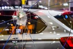 E Verre de pare-brise d'accident de voiture r photo libre de droits
