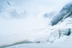 E Weergeven aan de Mensu-gletsjer r Altai, Rusland royalty-vrije stock afbeeldingen