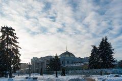 E Zima śnieg rano słońce Zdjęcie Royalty Free