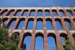 Eagle Aqueduct em Nerja na Andaluzia, Espanha foto de stock