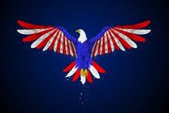 Eagle con la bandiera americana Fotografie Stock Libere da Diritti