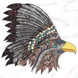 Eagle in copricapo tribale messo le piume a Immagine Stock Libera da Diritti