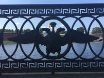 Eagle de duas cabeças fotografia de stock