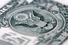 Eagle en el un billete de dólar Fotos de archivo