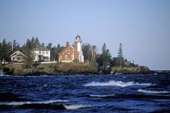 Eagle Harbor Lighthouse på övrehalvön, MI Royaltyfri Fotografi
