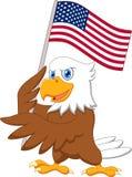 Eagle-Karikatur, die amerikanische Flagge hält Stockbild