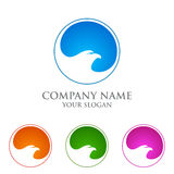 Eagle-Logo emplate, Falke, Falkevektor-Logodesign Lizenzfreies Stockfoto