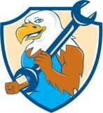 Eagle Mechanic Wrench Shield Cartoon calvo americano Imagens de Stock Royalty Free