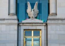 Eagle på ingången till den federala domstolsbyggnaden Fotografering för Bildbyråer