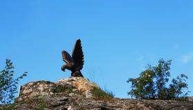 Eagle Pyatigorsk-Emblem Nord-Kaukasus-Markstein Stockfotografie