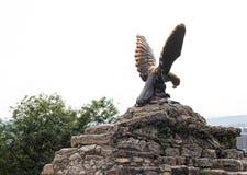 Eagle Pyatigorsk-Emblem Nord-Kaukasus-Marksteine Stockbilder