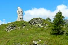 Eagle On The Simplon Pass de piedra Fotografía de archivo libre de regalías