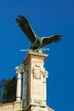 Eagle-Skulptur auf buda Schloss Stockfotografie