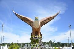 Eagle Square Statue simbólico na ilha Malásia de Langkawi fotografia de stock