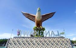 Eagle Statue symbol av den Langkawi ön, Malaysia Royaltyfri Fotografi