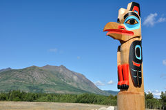 Eagle Totem Pole Against a Blue Sky Royalty Free Stock Photos
