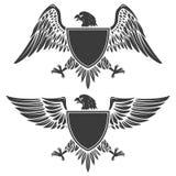 Eagle z osłoną odizolowywającą na białym tle Projekta element f royalty ilustracja
