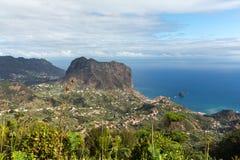 Eagles-Felsen auf der Nordküste von Madeira nahe Porto DA Cruz, Lizenzfreie Stockfotos