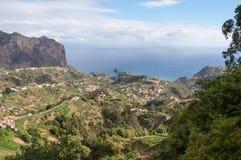 Eagles-Felsen und Porto DA Cruz auf der Nordküste von Madeira Stockfoto