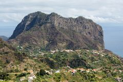 Eagles-Felsen und Porto DA Cruz auf der Nordküste von Madeira, Stockfotos