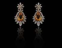 Earings del diamante con la reflexión Fotografía de archivo libre de regalías