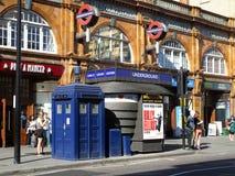 Earls Court tunnelbanastation Arkivfoton