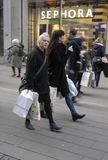 EARLY CHRISTMAS SHOPPERS Royalty Free Stock Photography