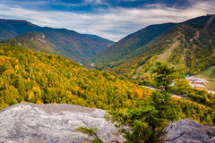 Early fall view from Bald Mountain, at Franconia Notch State Par. K, New Hampshire Stock Photos