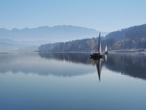 Early morning mist at Orava reservoir Royalty Free Stock Photos