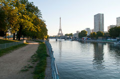 Early morning in Paris Royalty Free Stock Photos