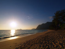 Early Morning Sunrise on Waimanalo Beach on Oahu, Hawaii over wa Royalty Free Stock Images